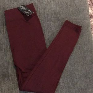 Sofia plus size leggings